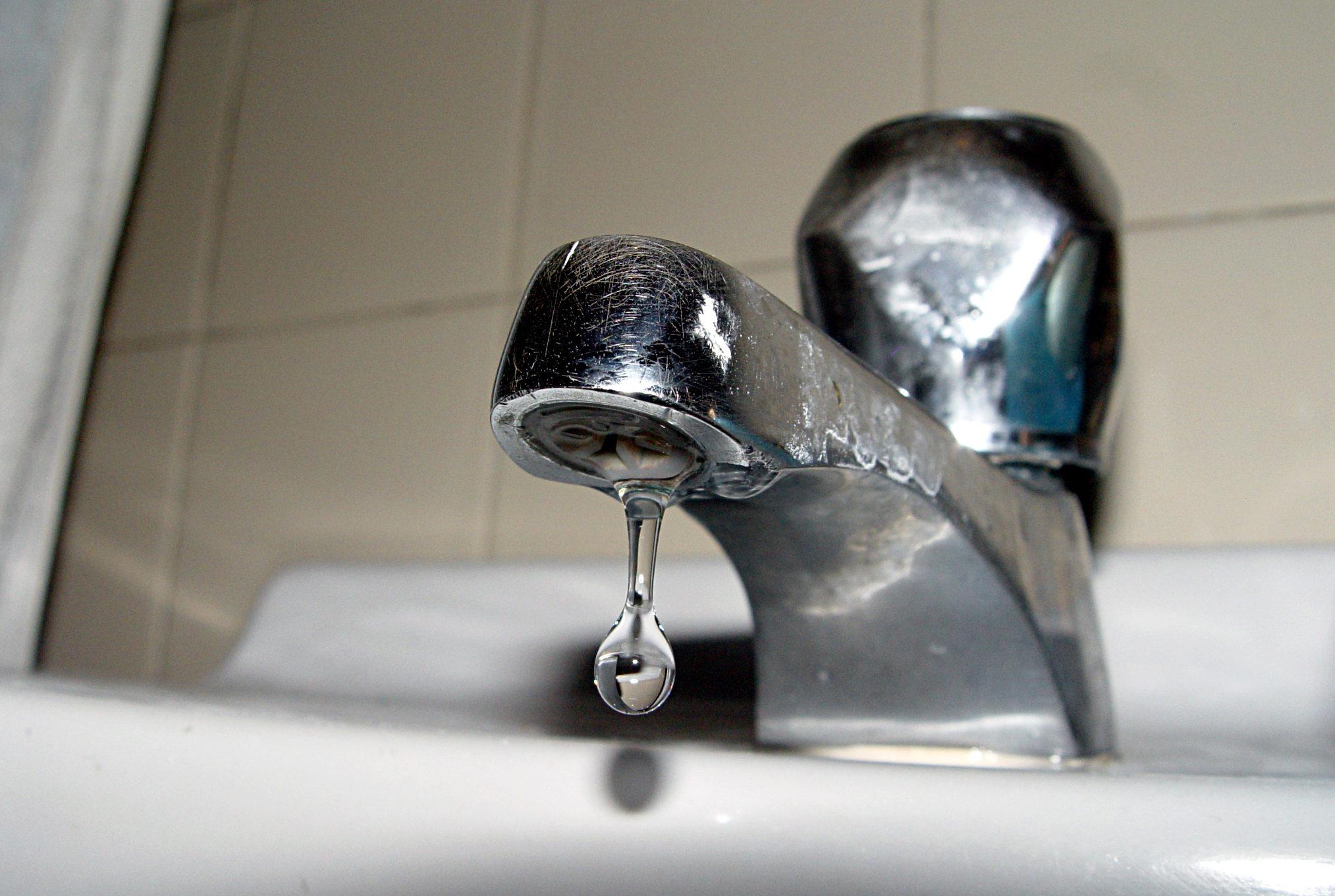 Problemas con el servicio de agua potable.