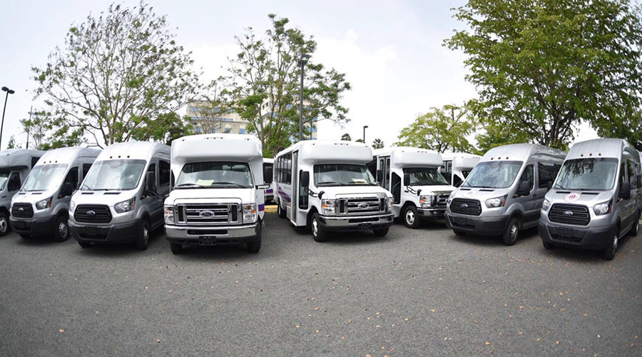 La Autoridad de Carreteras y Transportación adquirió los vehículos con una asignación de fondos del gobierno estadounidense. (Suministrada)
