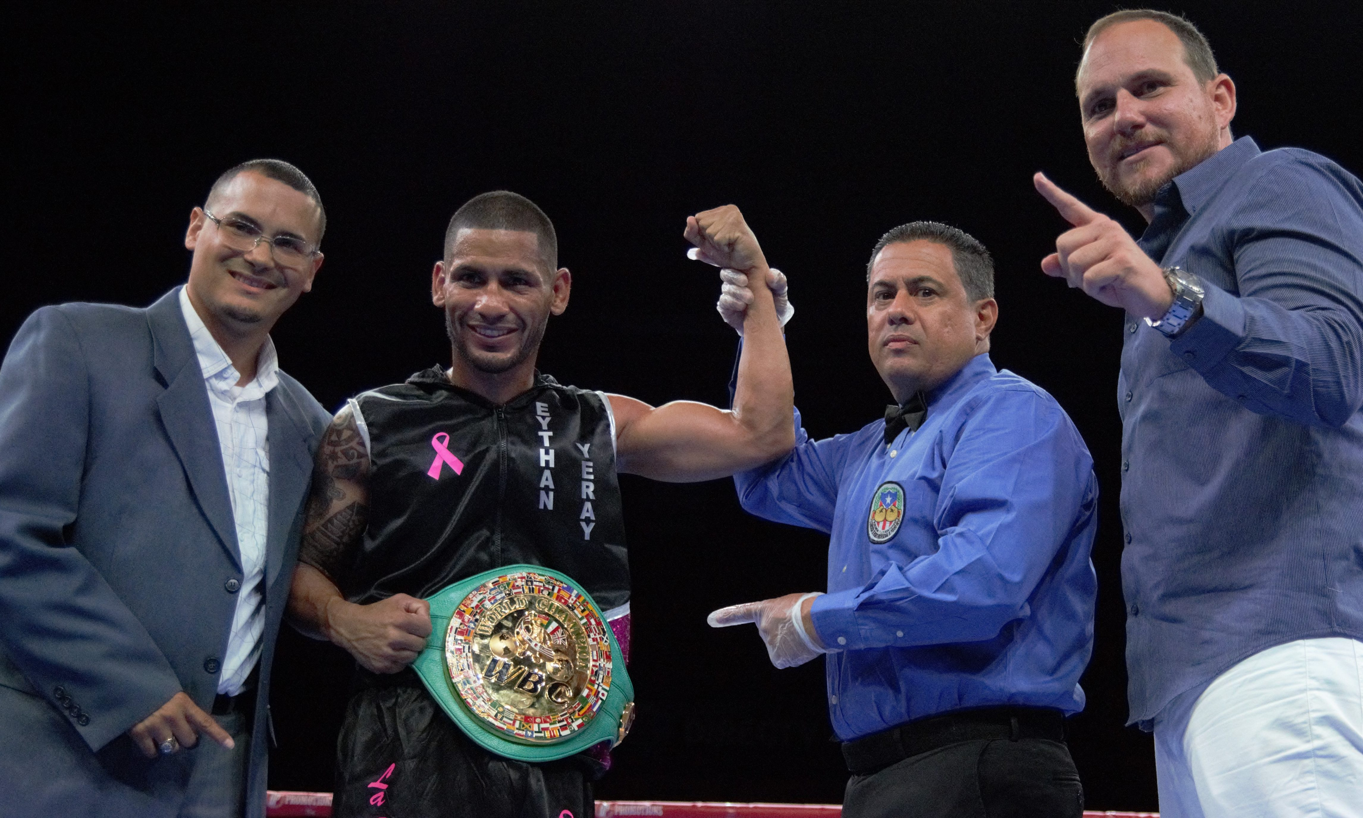 "Félix ""La sombra"" Caraballo se coronó campeón peso pluma Fecarbox del CMB."