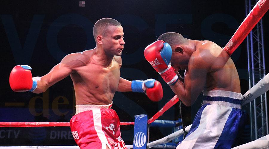 Kelvin Floyd Bahamundi abrumó a Rosser con sus ataques.