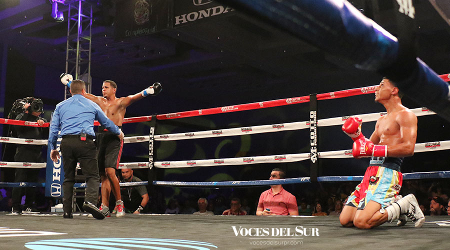 Chin Valentín noqueó en el tercer asalto de una pelea pautada a seis. (Voces del Sur / Michelle Estrada Torres)