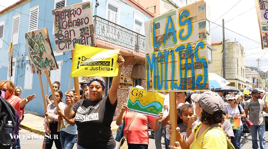 A la Marcha del Sol asistieron residentes de las comunidades aledañas al Caño Martín Peña en San Juan. (Voces del Sur / Michelle Estrada Torres)