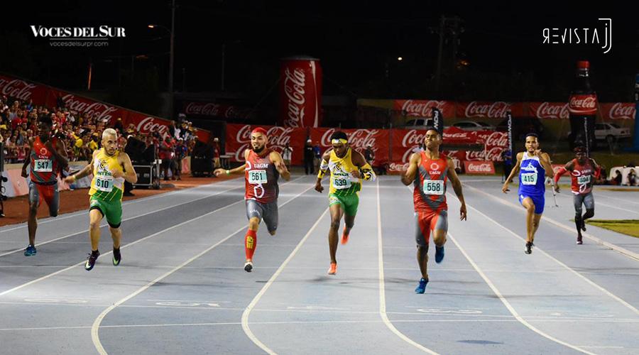 Ricardo Feliciano ganó plata en los 200 metros lisos. La prueba la ganó Ezequiel Suárez, de la UAGM de Cupey, con 21.22. (Voces del Sur / Revista J / Jean Cosme Crespo)