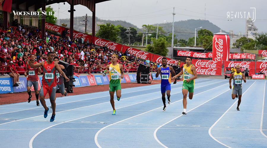 Yohan Chaverra estableció una nueva marca en los 110 metros con vallas de las Justas de Atletismo 2019. (Voces del Sur / Revista J)