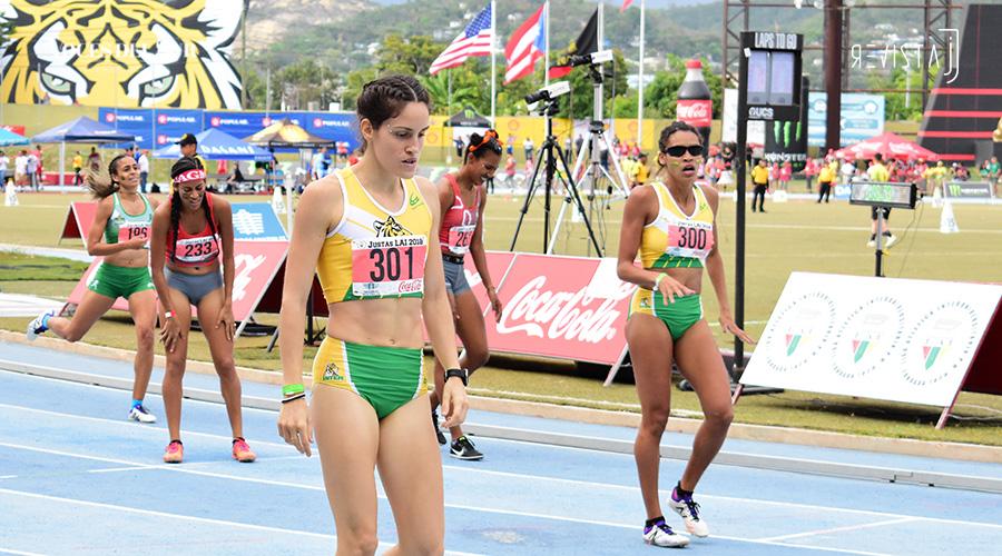 Carolina Lozano, de la Inter, ganó oro en 800 metros. (Voces del Sur / Revista J / Jean Cosme Crespo)