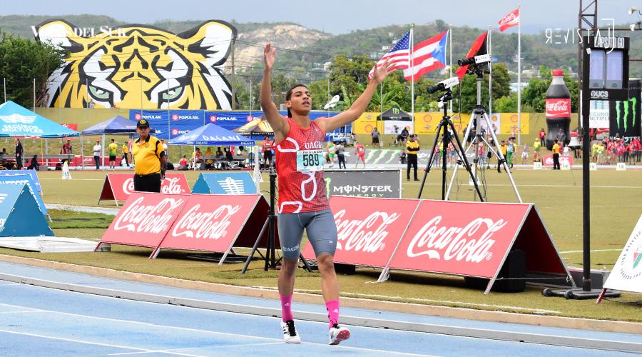 Ryan Sánchez Estrada, del recinto de Gurabo de la Universidad Ana G. Méndez, ganó oro y estableció una nueva marca en los 800 metros. (Voces del Sur / Revista J / Jean Cosme Crespo)