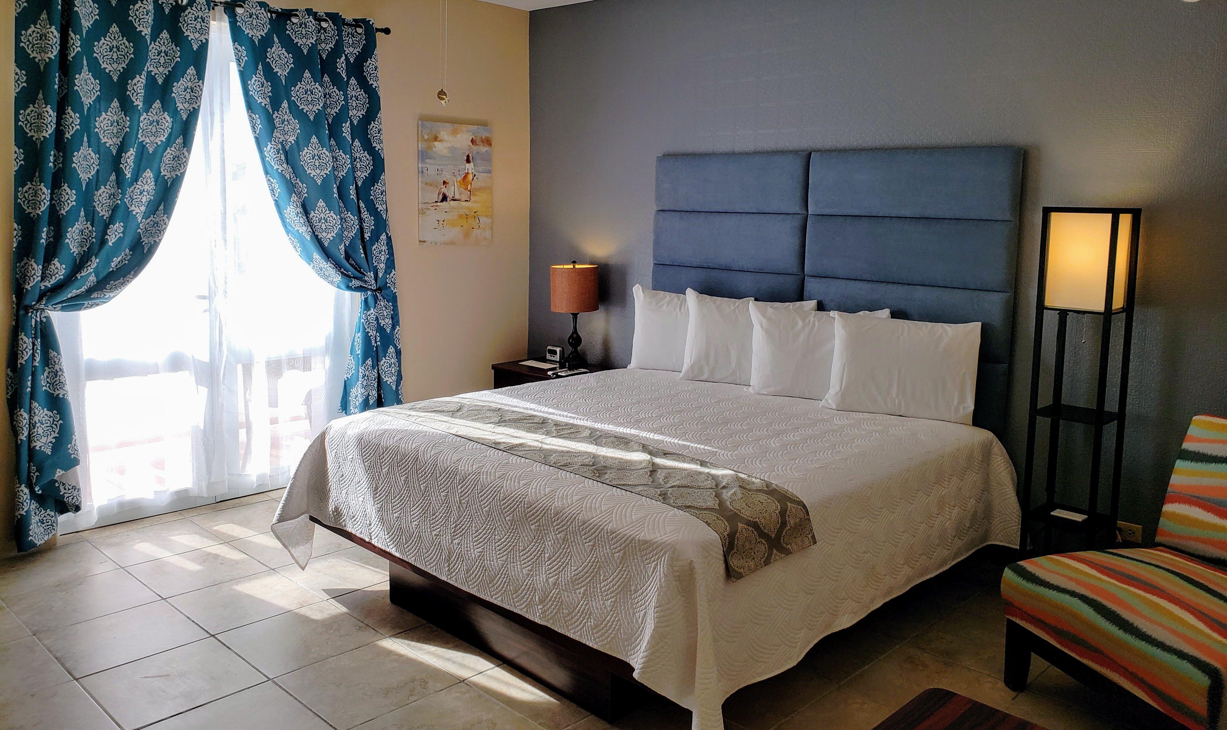 Habitación del Combate Beach Resort.