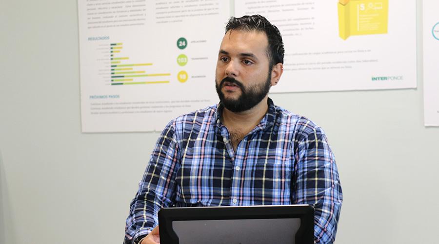 Rolando Méndez, profesor de cursos de gerencia en línea en Inter Ponce.