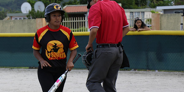 Las bateadoras de Guayama no lograron descifrar los lanzamientos de Geonvanni Nuñez.