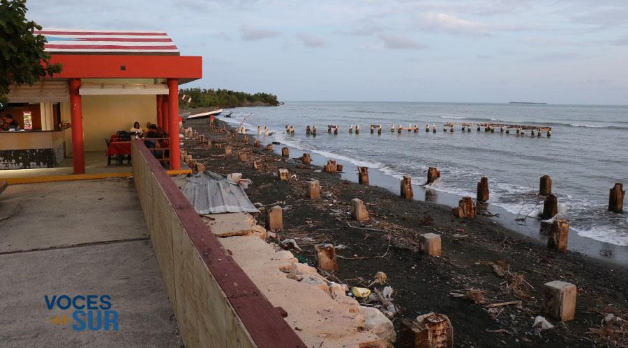 El paseo tablado del sector Pastillo en Juana Díaz fue devastado por el huracán María en septiembre de 2017. Así lucía en marzo de 2018. (Voces del Sur)